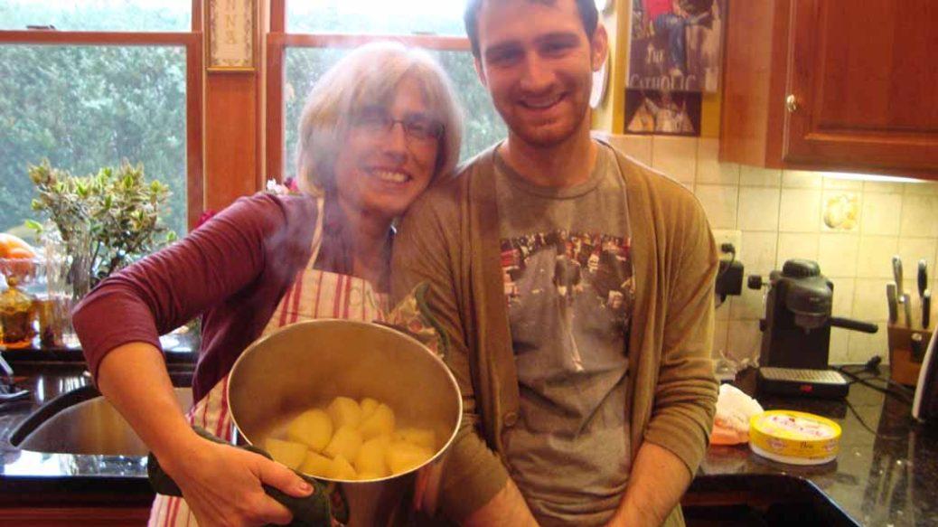 Ελληνίδα μάνα και γιος