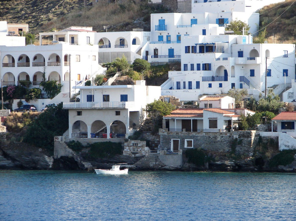 Kythnos: Kind, beautiful and close