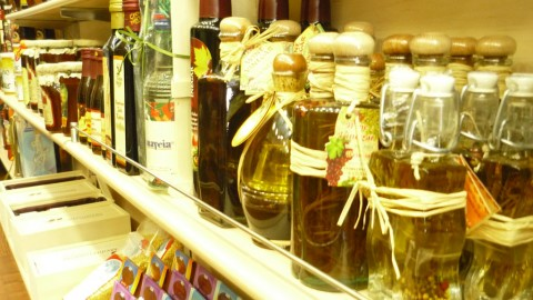 The importance of shopping Greek products