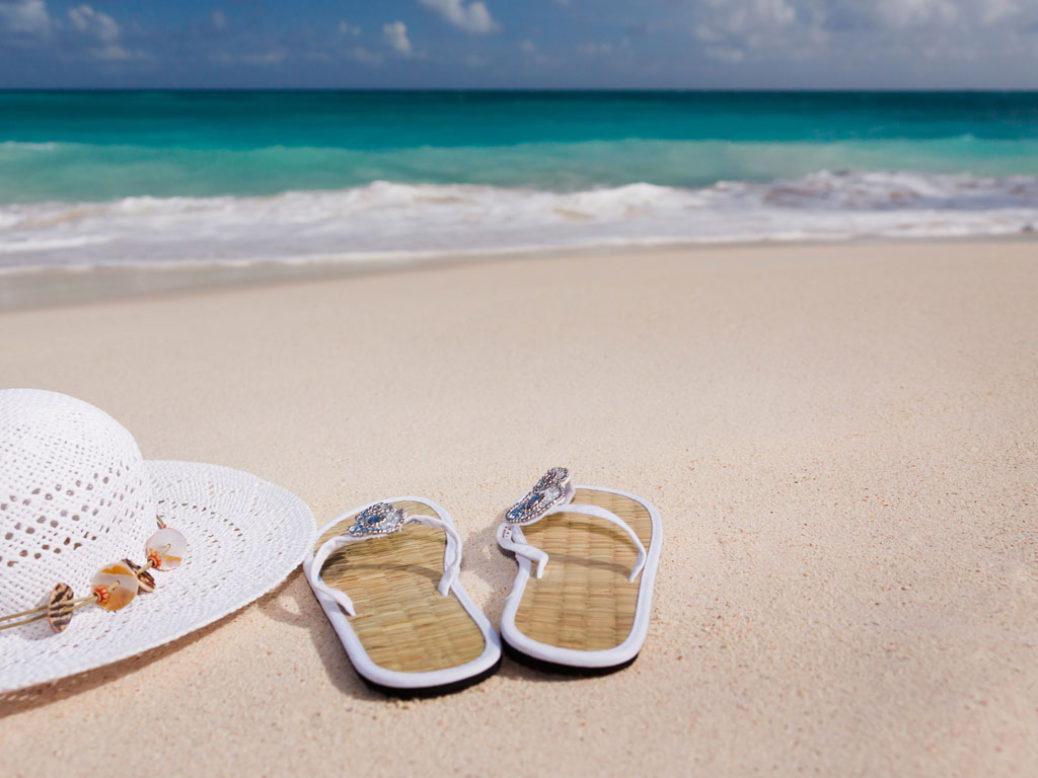 «Ελληνόπουλα στις παραλίες – οδηγός επιβίωσης»