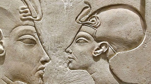 Nefertiti: The legendary long necked queen