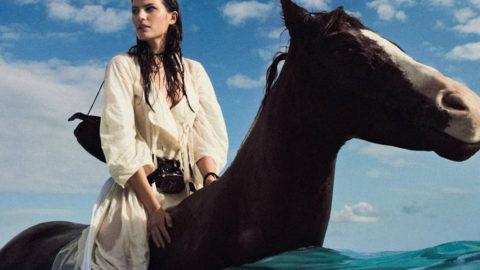 """""""Ακόμα και οι καουμπόισσες μελαγχολούν"""": ένα απολαυστικό μυθιστόρημα του αξεπέραστου Τομ Ρόμπινς"""